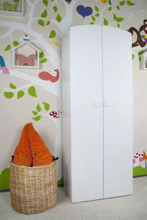 Детски дървен гардероб