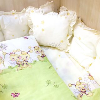 Спален комплект от седем части Пчелички